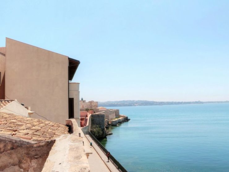 Ortygia beach house