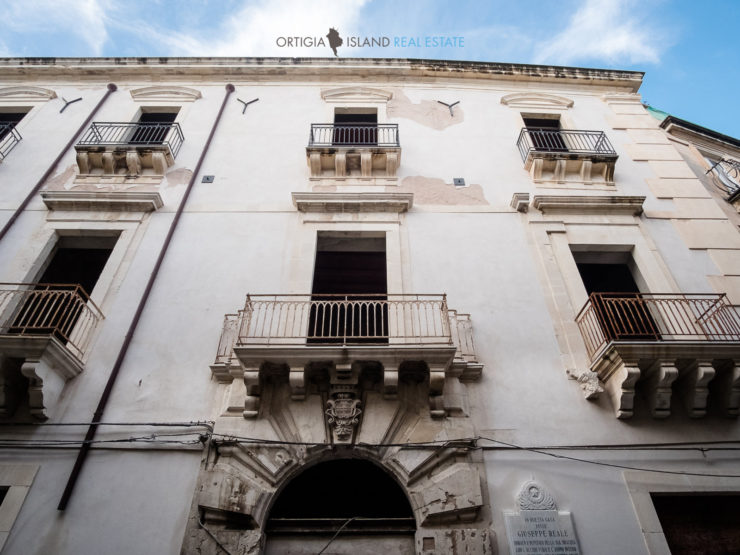 Ortigia 1800 Building for sale