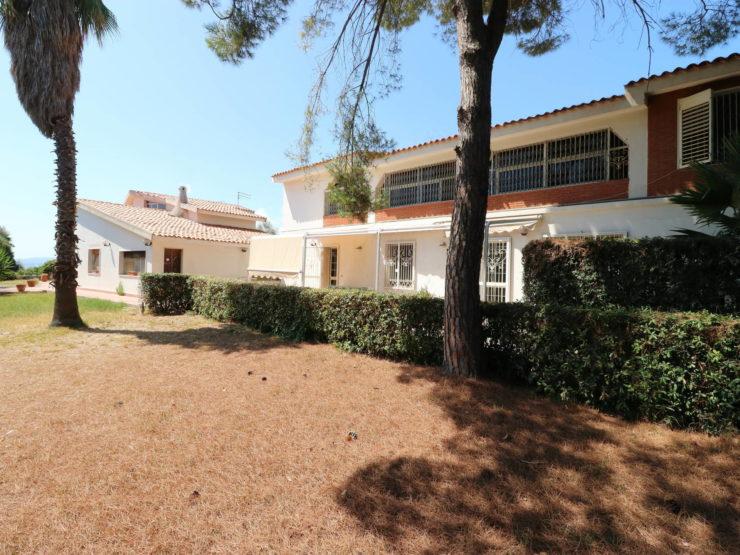 Villa con piscina in vendita Tremilia Belvedere