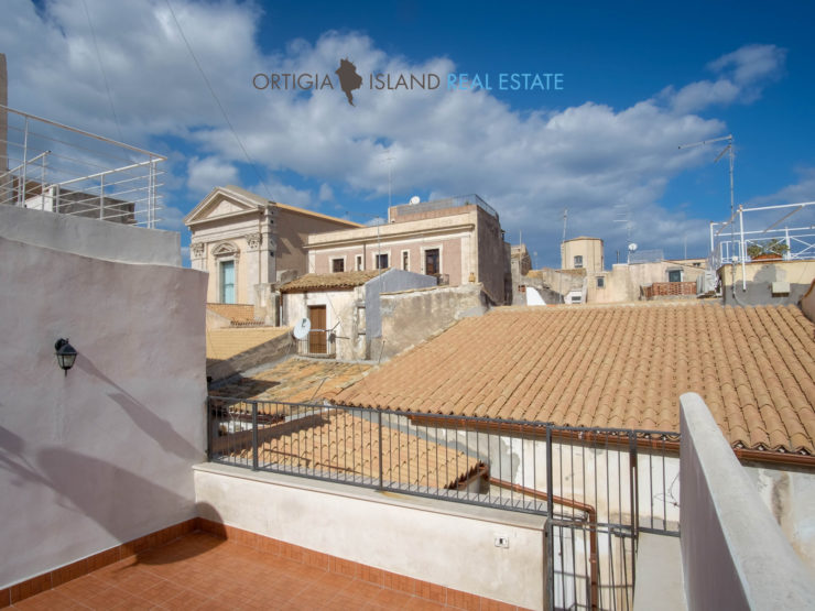 Via Larga Ortigia casa con terrazza