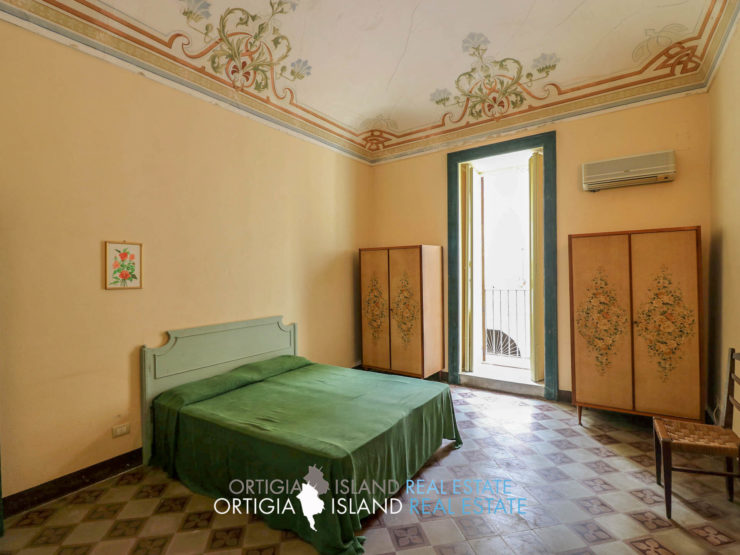 Mastrarua Ortigia Nineteenth-century house for sale