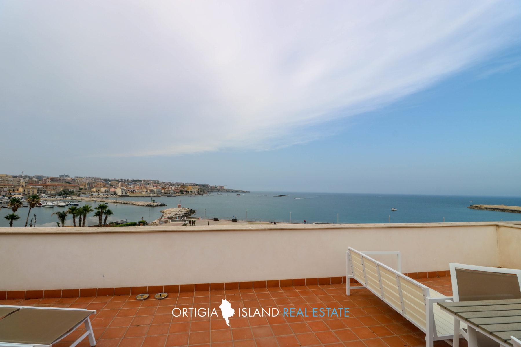 Ortigia Casa Con Terrazza E Vista Mare Ortigia Island Real