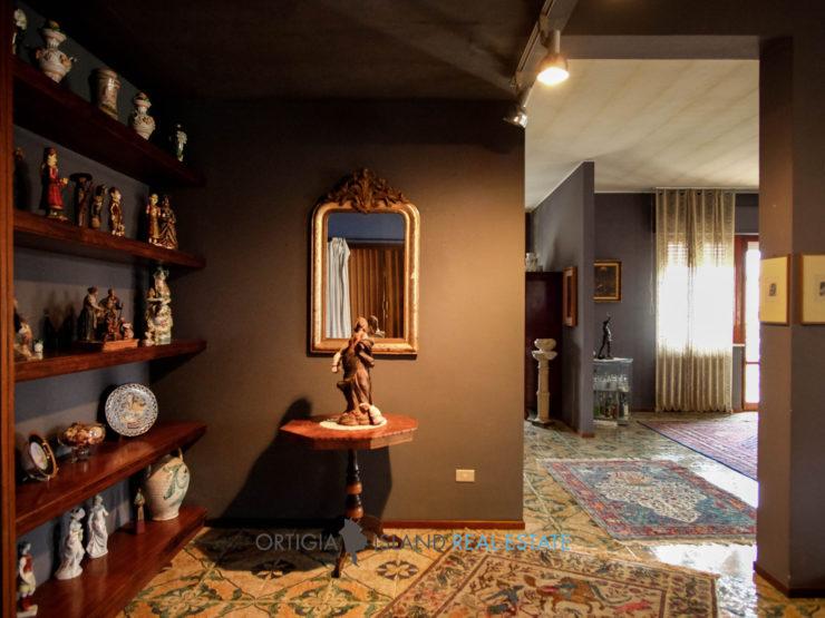 Siracusa Politi grande appartamento in vendita