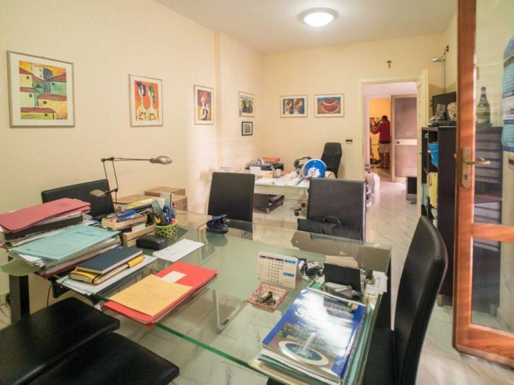 Immobili siracusa vendita appartamenti case indipendenti for Vendesi ufficio roma