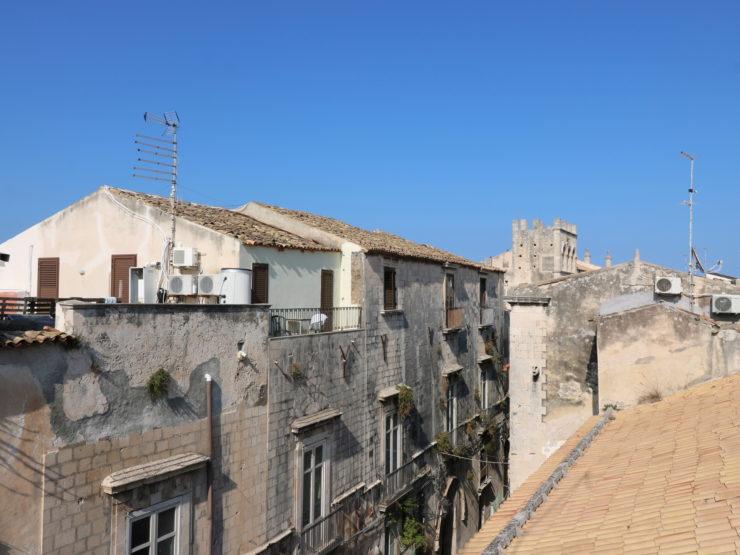Ortigia Via Mirabella appartamento con terrazzo