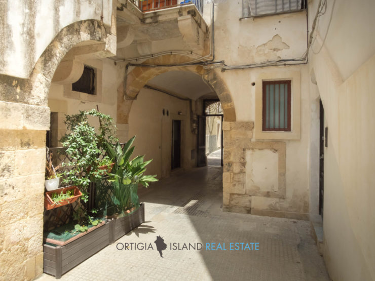 Bellomo Fonte Aretusa house for sale