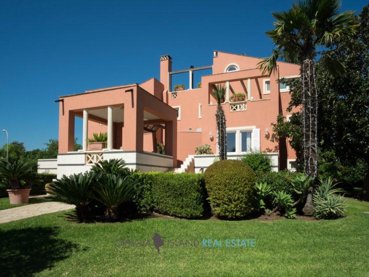 Tremilia Sinerchia Villa con giardino