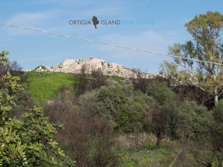 Mura Dionigiane Terreno e fabbricato con vista