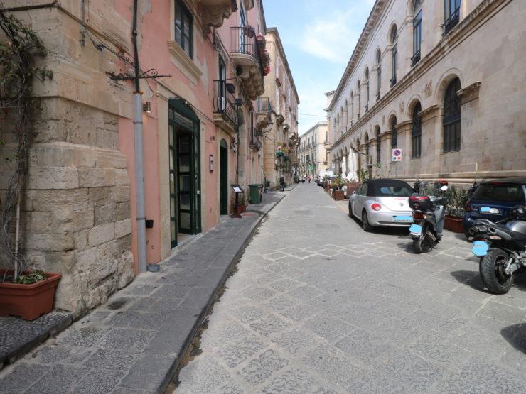 Ortigia Via Roma basso commerciale in vendita