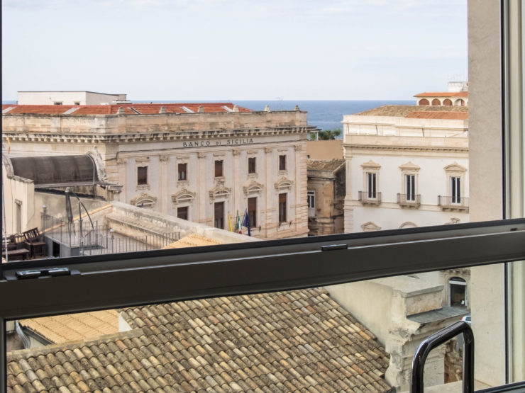 Ortigia Jesuit College house for rent