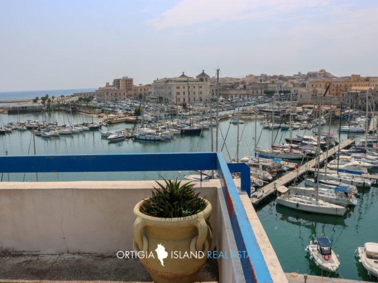 Exclusive Penthouse on the sea for sale in Siracusa