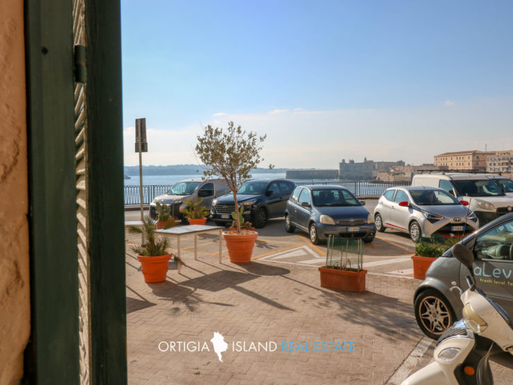 Largo Della Gancia apartment for sale
