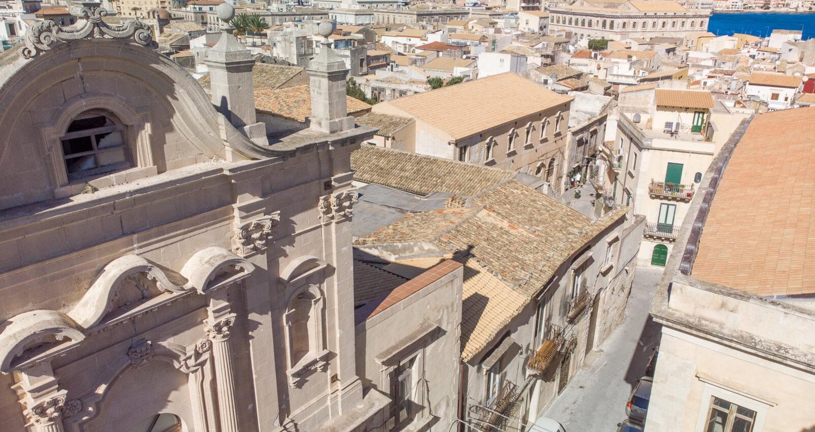 Ortigia Ancient delectable dwelling for sale in the Spirduta quarter