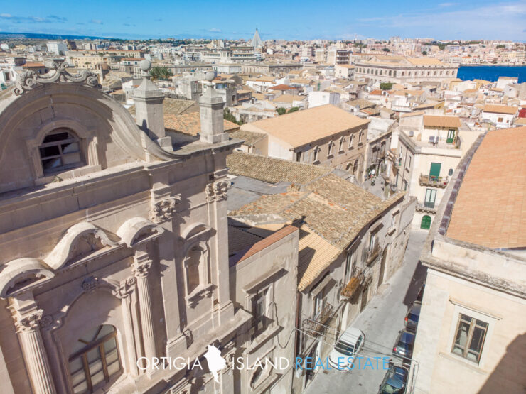 Ortigia Ancient delectable dwelling for sale in the Spirduta quarter