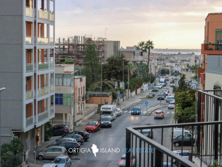 Siracusa Viale Tunisi appartamento con vista mare