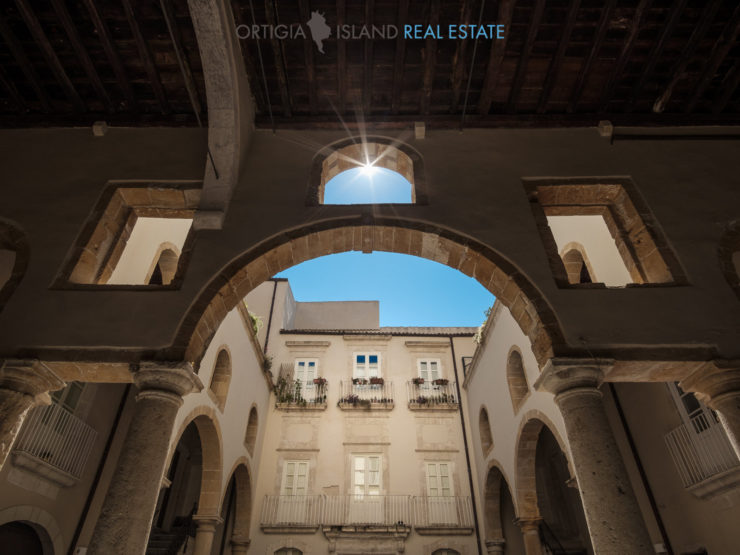 Ortigia dimora nobiliare con terrazza in vendita