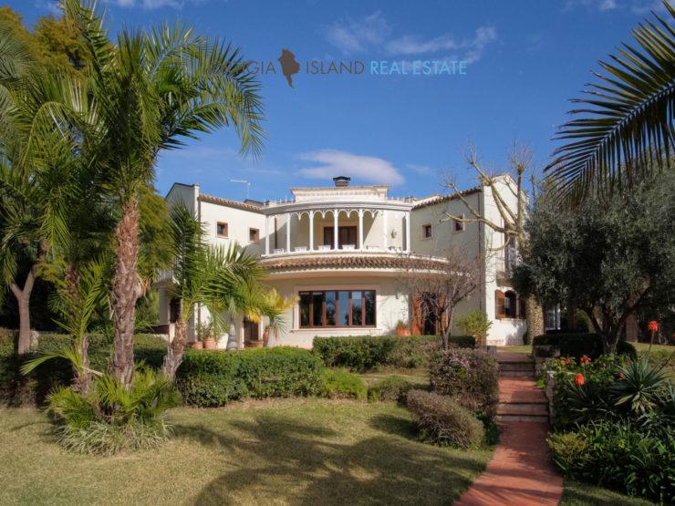 VILLA MIRABILIS – elegante proprietà in vendita – Tremilia Siracusa