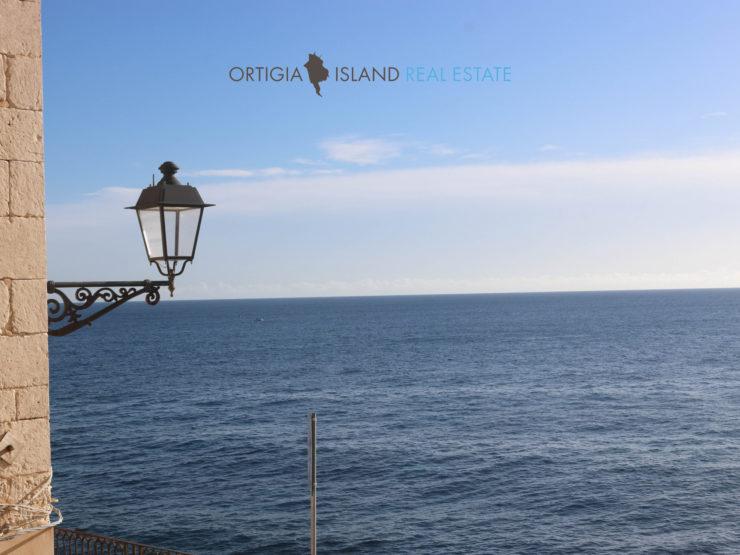Ortigia Maison with sea view for sale