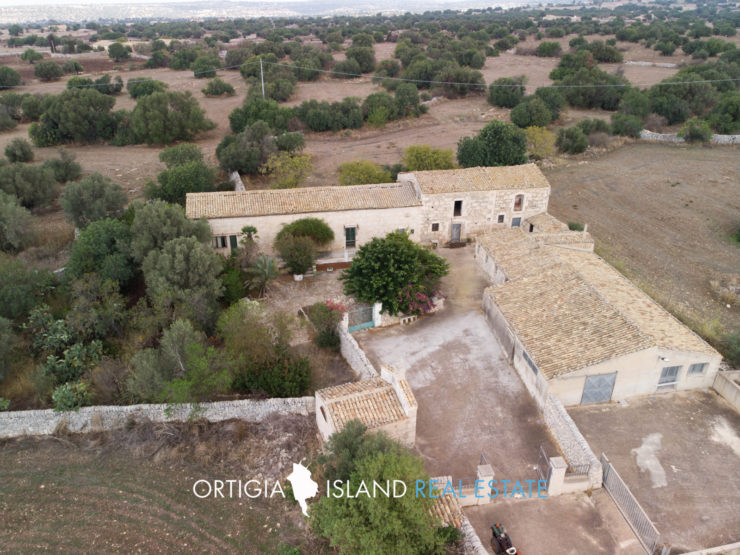 Sicilian Farmhouse in Marina di Ragusa
