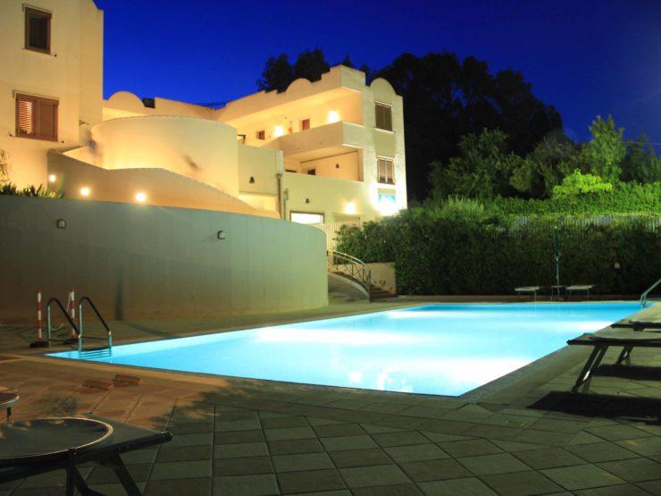 Fontane Bianche elegant Hotel for sale