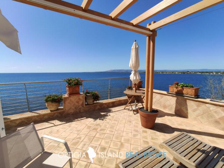 Lussuosa villa in vendita sul mare Plemmirio