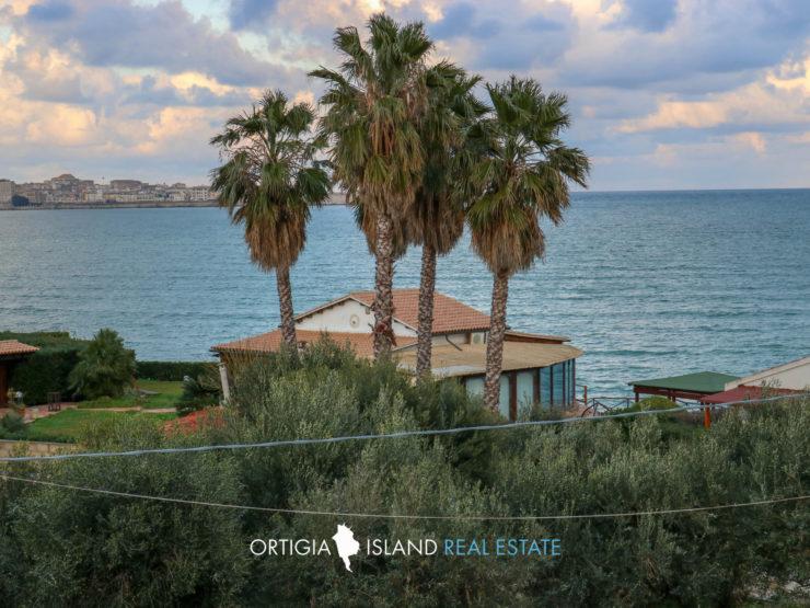 Isola Lido Sacramento Villa with sea view terrace
