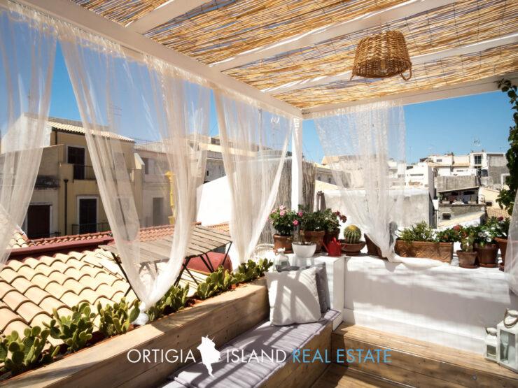 Ortigia House with terrace
