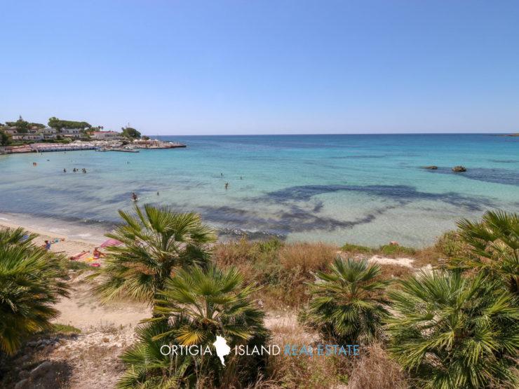 Fontane Bianche beach front Villa for sale