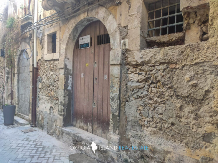 Ortigia Via Campisi basso in vendita